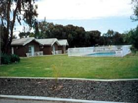Highview Holiday Village - Carnarvon Accommodation