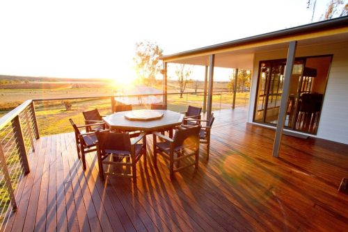 Stockton Rise Country Retreat - Carnarvon Accommodation