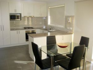 Midtown Serviced Apartments - Carnarvon Accommodation