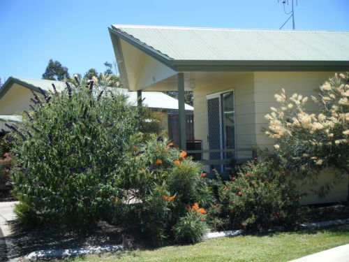 Pepper Tree Cabins - Carnarvon Accommodation