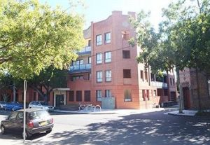 Ryals Serviced Apartments Camperdown - Carnarvon Accommodation
