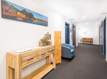 The Brighton Apartments - Carnarvon Accommodation