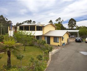 NorthEast Restawhile Bed and Breakfast - Carnarvon Accommodation
