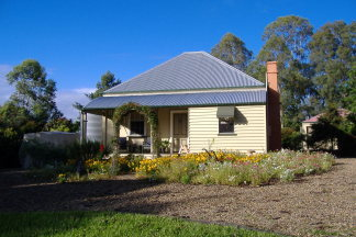 Mary Anns Cottage - Carnarvon Accommodation
