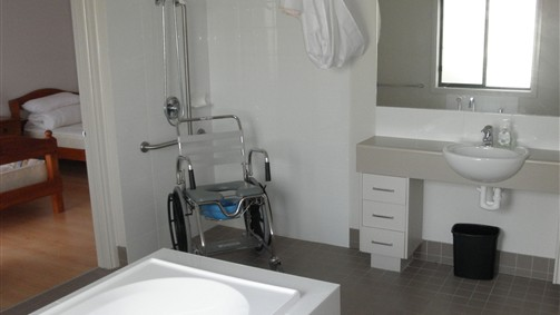 Frankston Accessible Holiday House - Carnarvon Accommodation