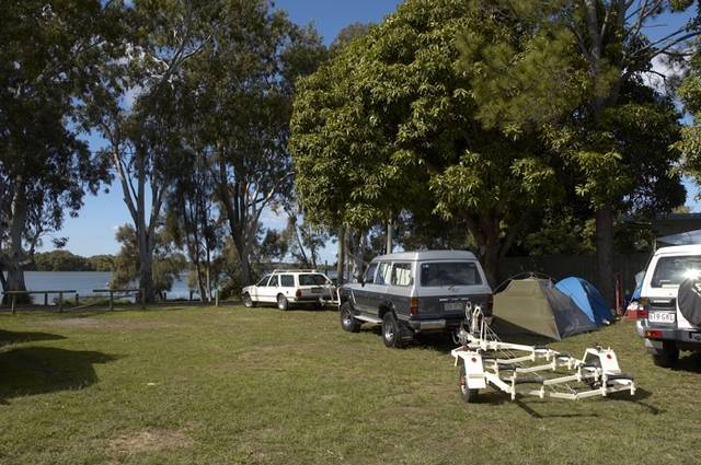 Donnybrook Caravan Park - Carnarvon Accommodation