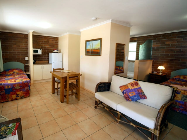 Rubyvale Motel  Holiday Units - Carnarvon Accommodation