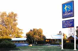 Swaggers Motor Inn  Restaurant - Carnarvon Accommodation
