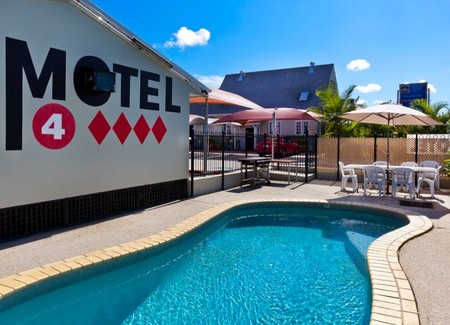 Caboolture Central Motor Inn - Carnarvon Accommodation