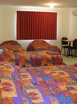 White Gums Motor Inn - Carnarvon Accommodation