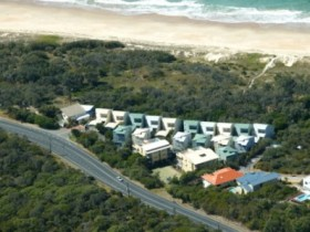 Castaway Cove Resort Noosa - Carnarvon Accommodation