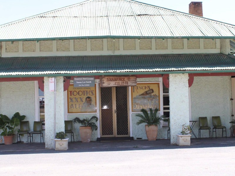 Shamrock Hotel - Greenethorpe - Carnarvon Accommodation