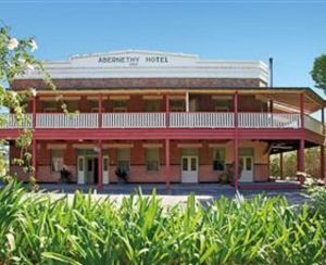 Abernethy House - Carnarvon Accommodation