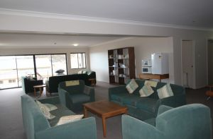 Corroboree Lodge - Carnarvon Accommodation
