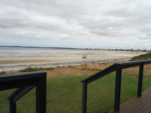 Sea Escape - Carnarvon Accommodation