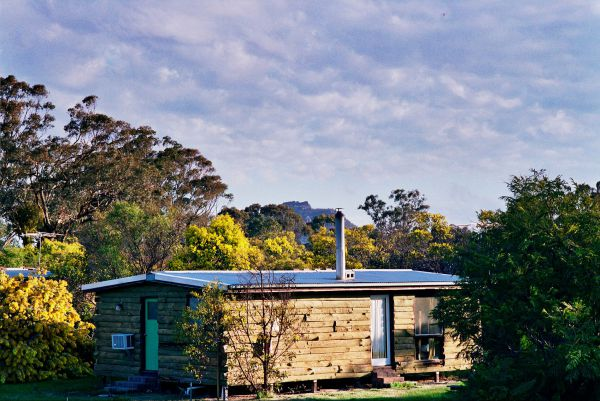 Mount Zero Log Cabins - Carnarvon Accommodation