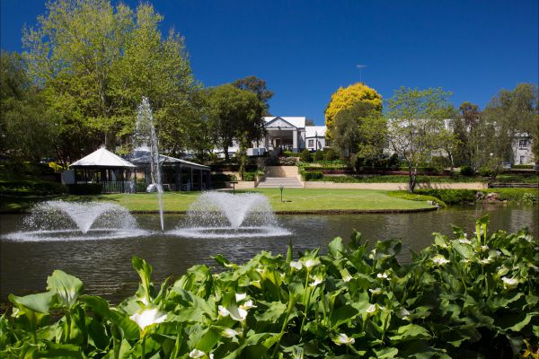 Crowne Plaza Hawkesbury Valley - Carnarvon Accommodation