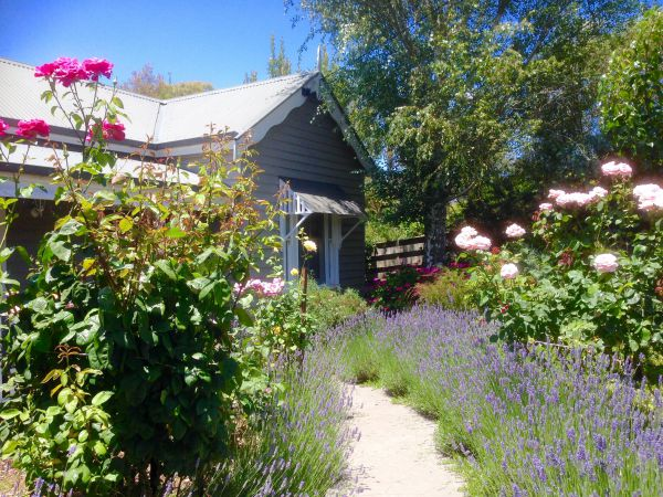 Valley View Cottage - Carnarvon Accommodation