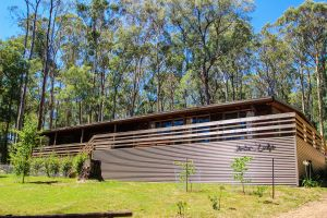 Sambar Lodge - Carnarvon Accommodation