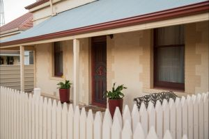 McKinley's Rest - Carnarvon Accommodation