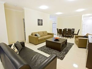 Astina Central Apartments - Carnarvon Accommodation