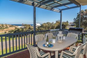 Carrickalinga SeaHaven - Carnarvon Accommodation