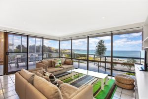 2/101 Gold Coast Drive Carrickalinga - Carnarvon Accommodation