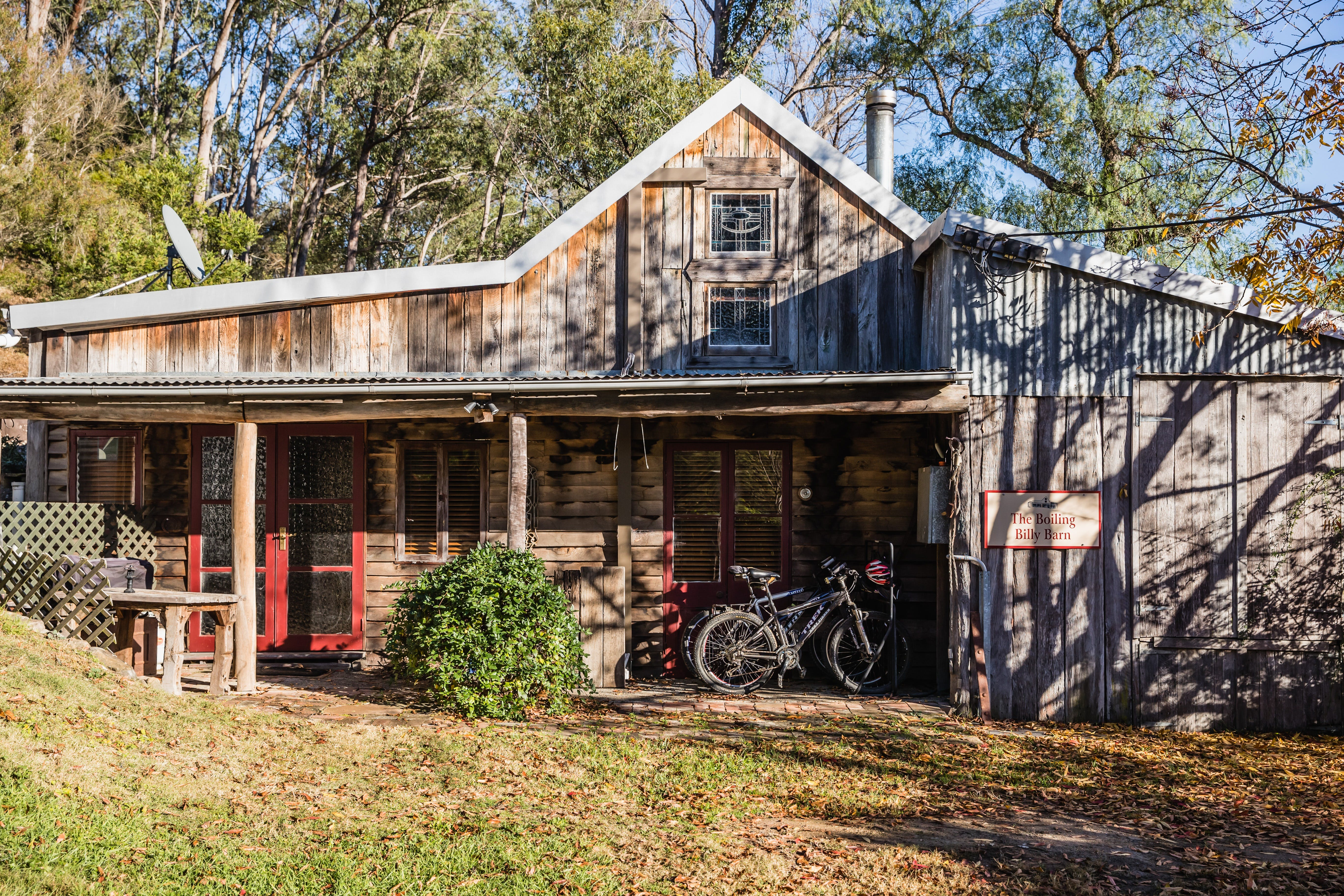 The Boiling Billy Barn - Carnarvon Accommodation