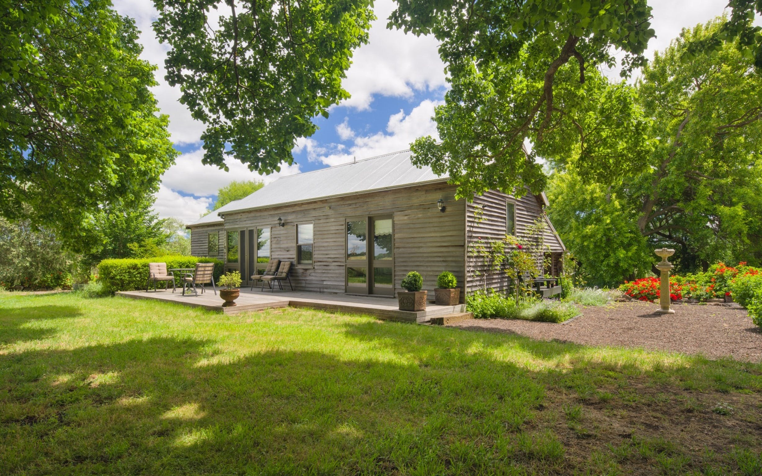Timboon House  Stables - Carnarvon Accommodation