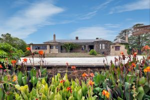 Eurambeen Historic Homestead and Gardens - Carnarvon Accommodation