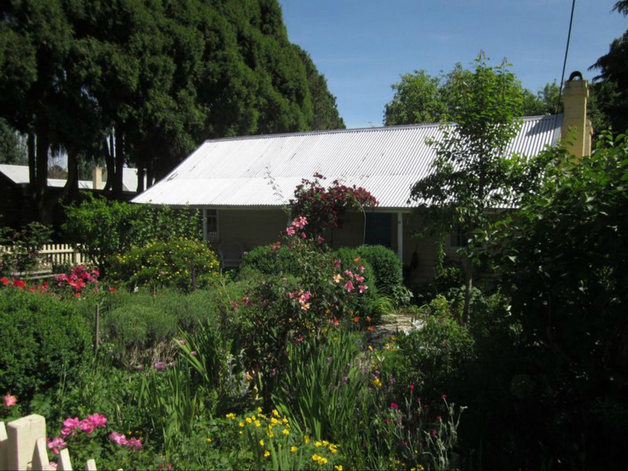 Jellore Cottage - Carnarvon Accommodation