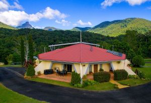 A View of Mount Warning Bed and Breakfast - Carnarvon Accommodation