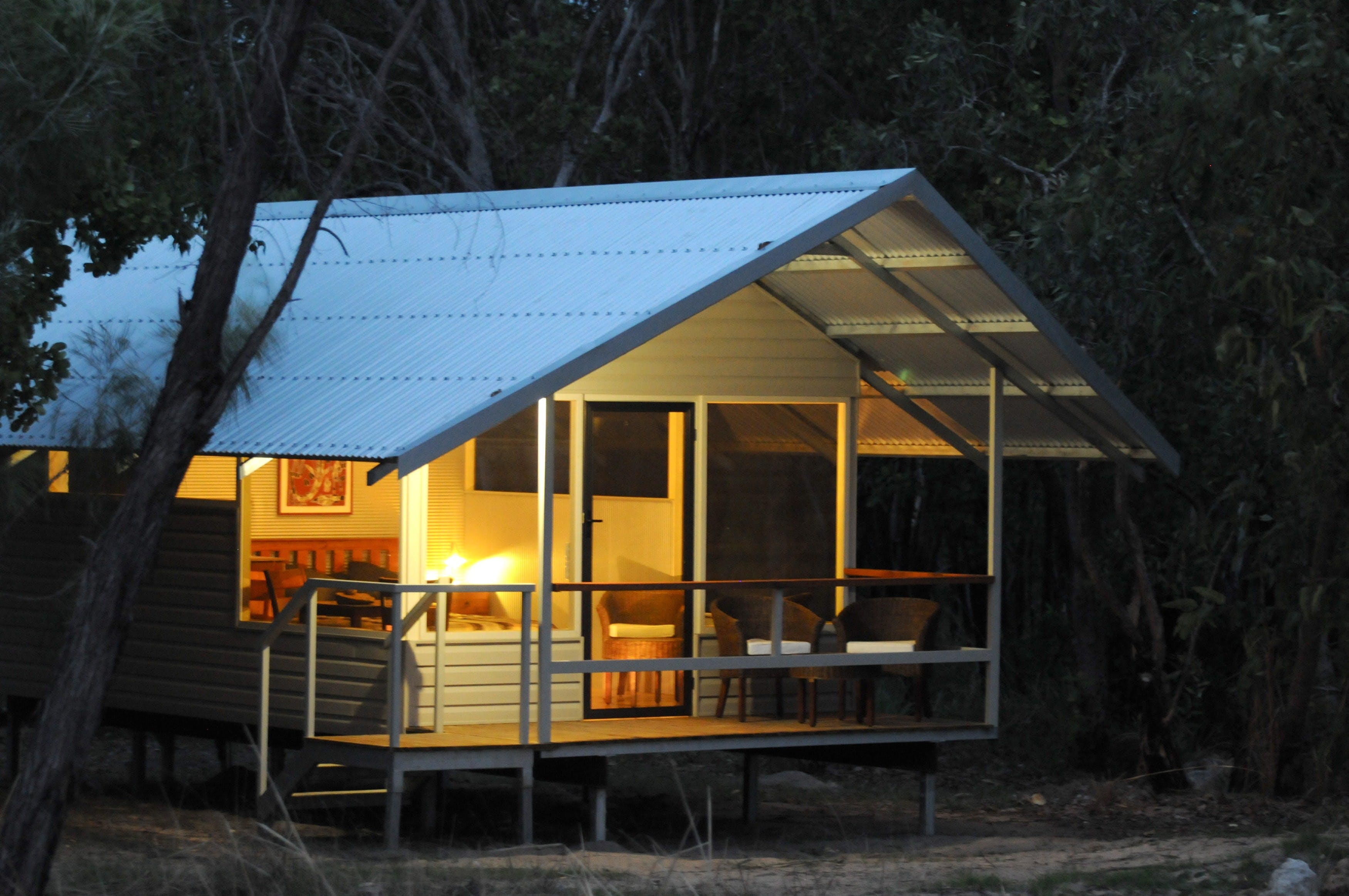 Davidsons Arnhemland Safari Lodge - Carnarvon Accommodation