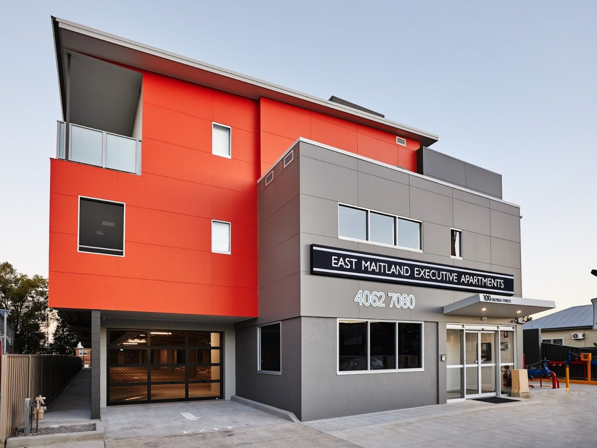 East Maitland Executive Apartments - Carnarvon Accommodation