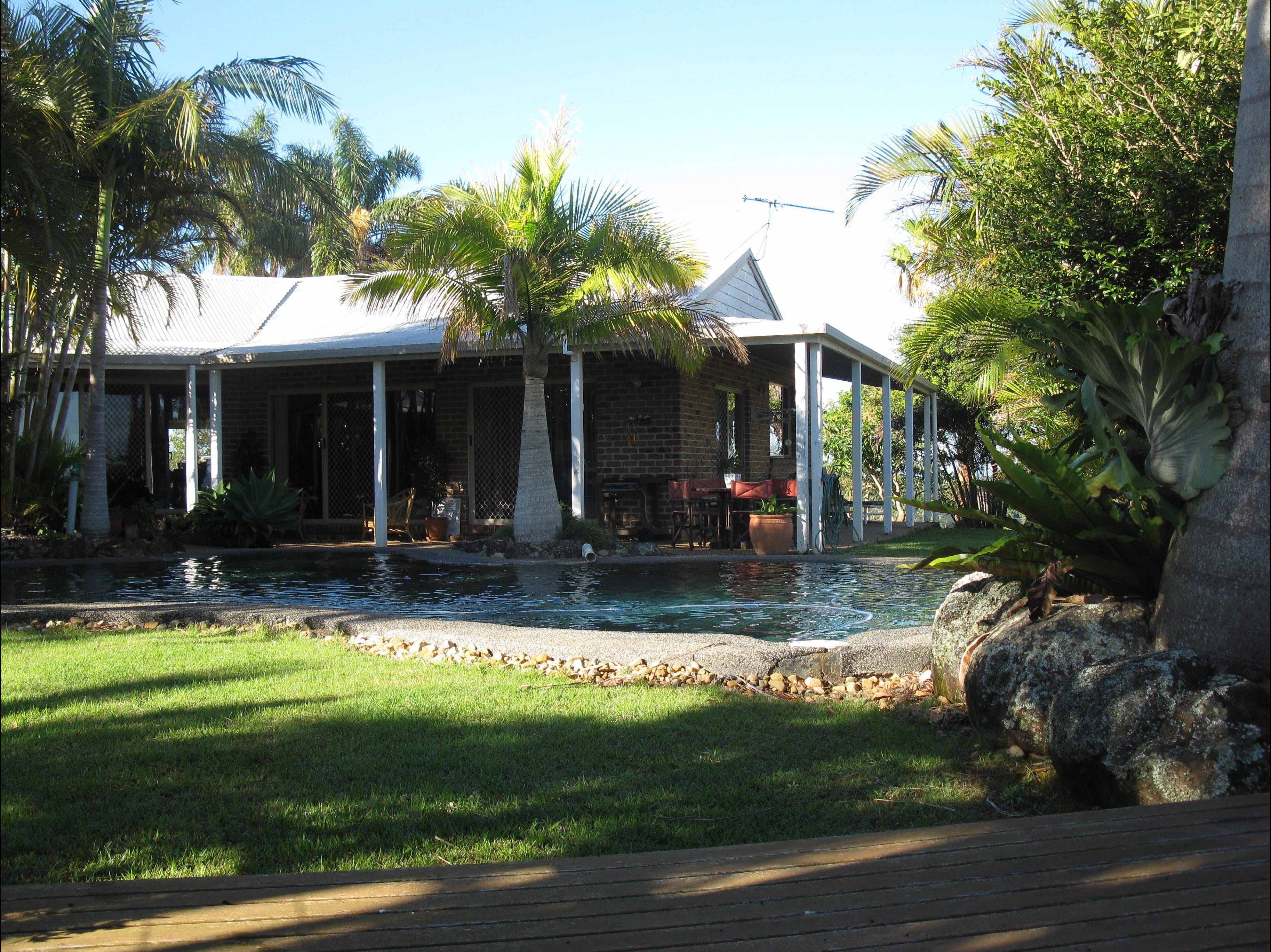 Twin Figs Country Retreat - Carnarvon Accommodation