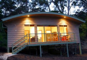 Acacia Villas Lorne - Carnarvon Accommodation