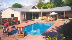 Mittagong Homestead and Cottages - Carnarvon Accommodation