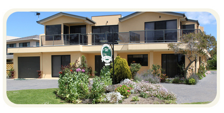 Moonlight Bay Bed and Breakfast - Carnarvon Accommodation