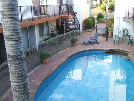 Bargara Beachfront Holiday Apartments - Carnarvon Accommodation