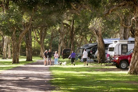 Beachfront Holiday Park - Carnarvon Accommodation