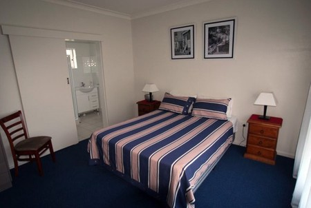 Abbey Apartments - Carnarvon Accommodation