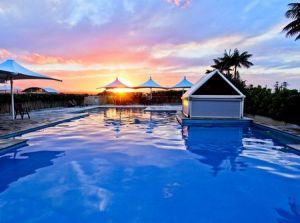 Oaks Waterfront Resort - Carnarvon Accommodation