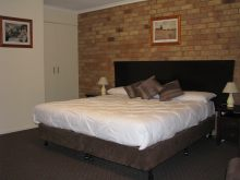 Kippa Ring Village Motel - Carnarvon Accommodation