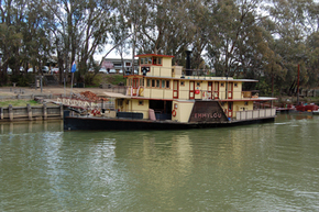 Emmylou Paddle Steamer - Carnarvon Accommodation