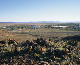 TV Hill Lookout - Carnarvon Accommodation