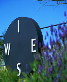 Wise Winery - Carnarvon Accommodation