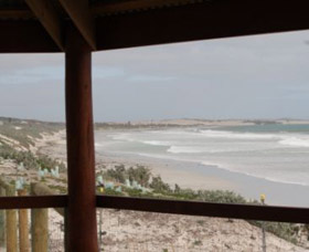 Tarcoola Beach - Carnarvon Accommodation