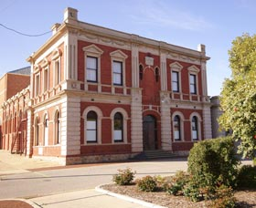 Northam Town Hall - Carnarvon Accommodation