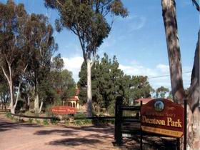 Ducatoon Park - Carnarvon Accommodation