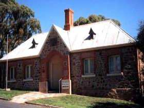 Old Police Station Museum - Carnarvon Accommodation